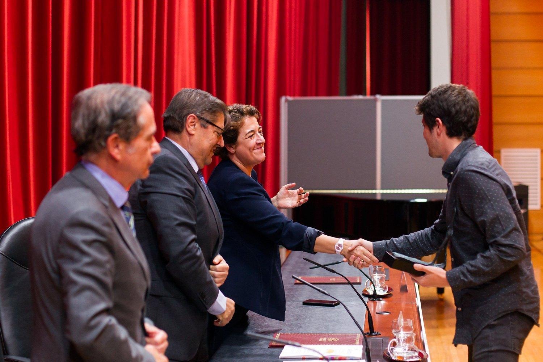 https://consellosocial.udc.es/wp-content/uploads/2019/09/7-premios-consello-social-10.jpg